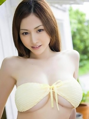 Anri Sugihara Asian loves exposing her huge melons in the nature